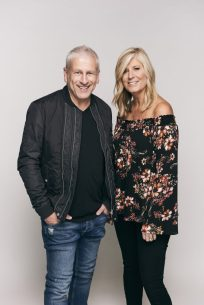 Louie and Shelley Giglio - Natacha Ramos