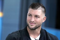 Tim Tebow - Natacha Ramos
